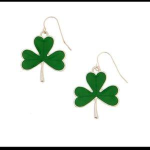 4for$10☘️Dangling Shamrock ☘️ Earrings
